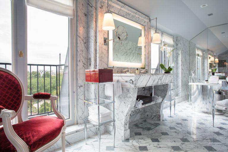 La Réserve Paris - Bathroom @Grégoire Gardette (1)