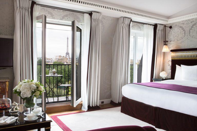 La Réserve Paris - Eiffel Junior Suite @Grégoire Gardette (1)