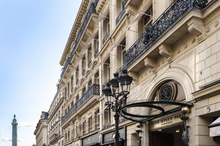 Park-hyatt-paris-vendome-facade-rue-de-la-paix-colonne-vendome