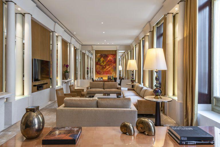 Park-hyatt-paris-vendome-suite-imperiale-living room