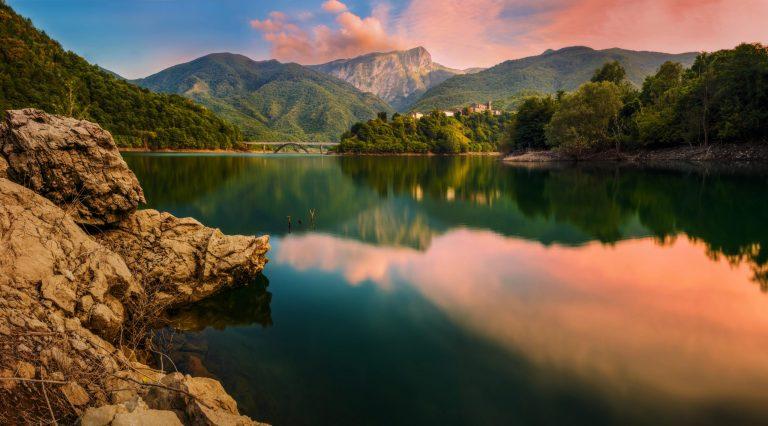 Via-Vandelli-Lake-Vagli-min-scaled.jpg