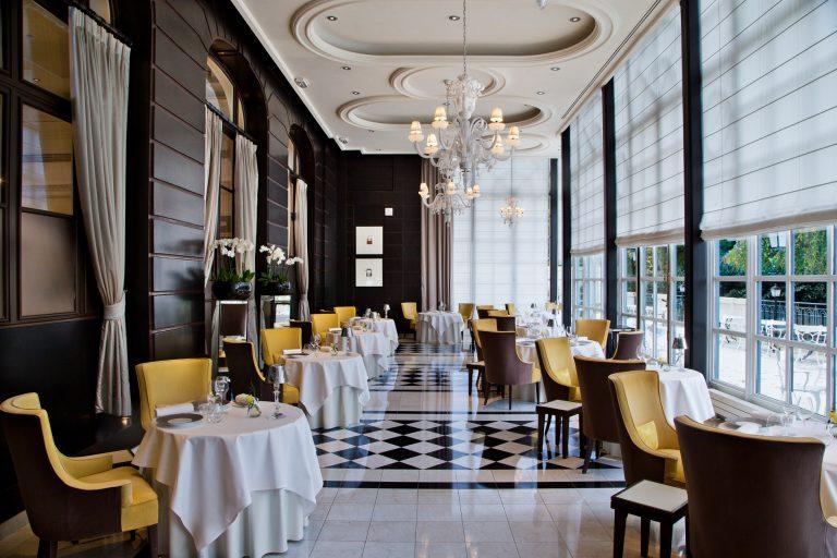 Waldorf-Astoria-Versailles-Trianon-Palace-fb1-Gordon-Ramsay-au-Trianon