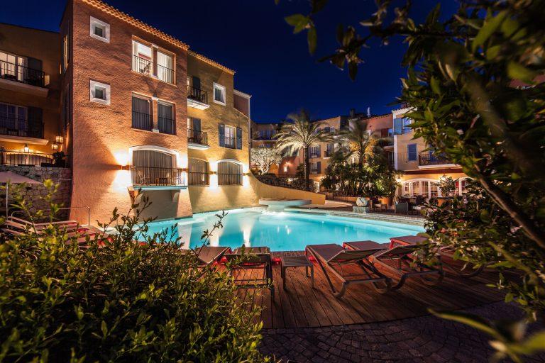 Hotel Byblos_Pool at Byblos Saint Tropez©ADaste (12)