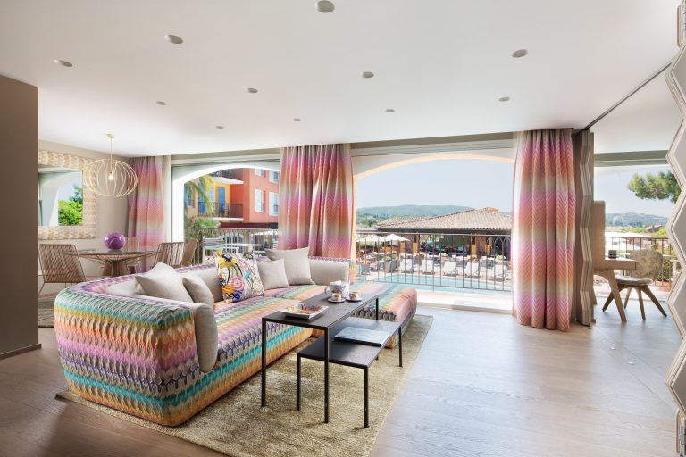 Hotel Byblos_Suite Missoni Byblos Saint-Tropez@ADaste (2)