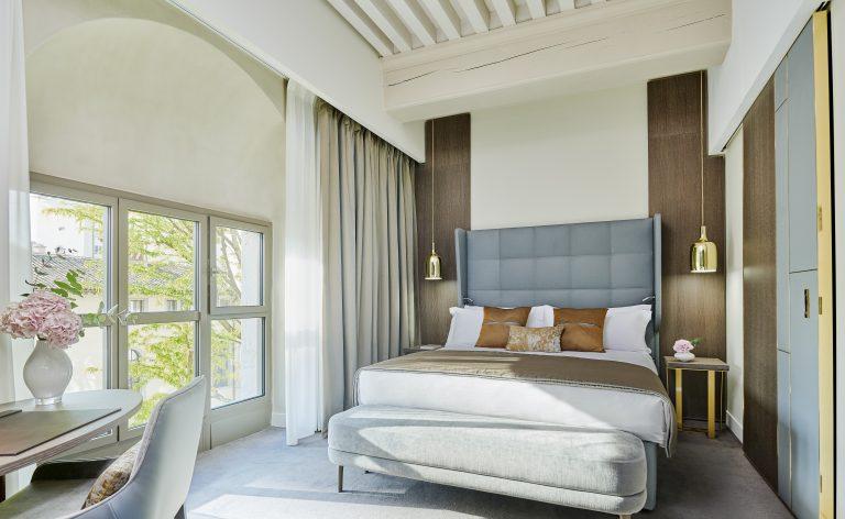 Intercontinental Lyon - Hotel Dieu_Deluxe Room (c) Eric Cuvillier (3)