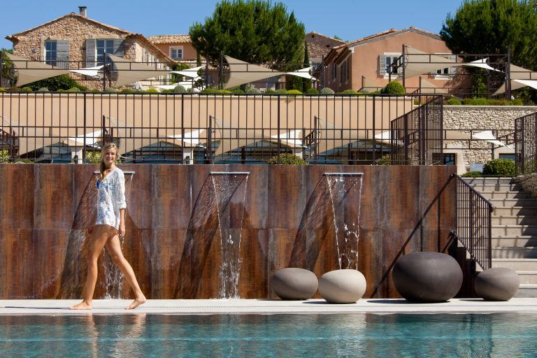 La Coquillade_Outdoor pool view on the hotel