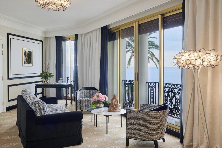 Le Negresco_ch227 Jr Suite La Parisienne(c)Anthony Lanneretonne_006