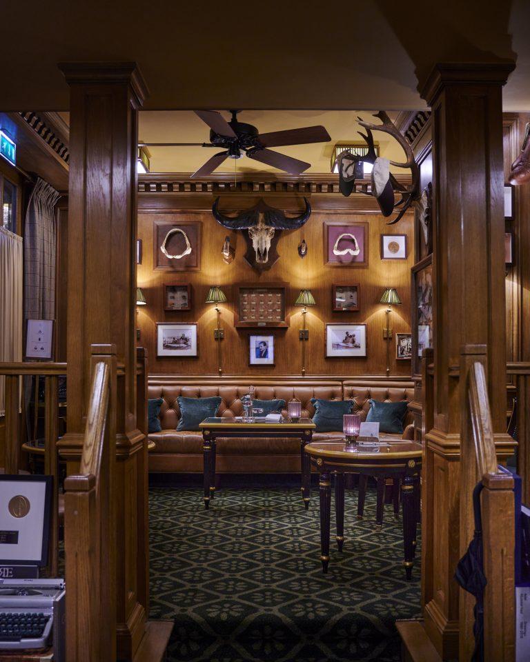 Ritz Paris_Bar Hemingway © Bernhard Winkelmann (15)