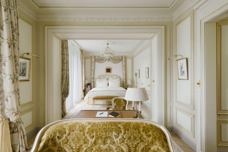 Ritz Paris_Chambre Grand Deluxe © Vincent Leroux