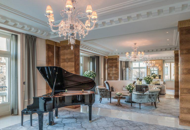 The Peninsula Paris_Paris_Accommodation_Peninsula Suite_Living Room_MR (2)