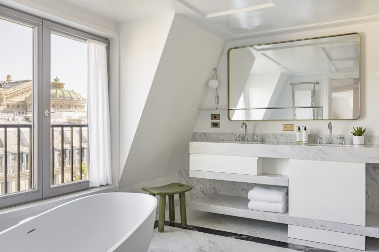 KimptonStHonore_Collection_Suite_914_Bathroom ©Jerome_Galland