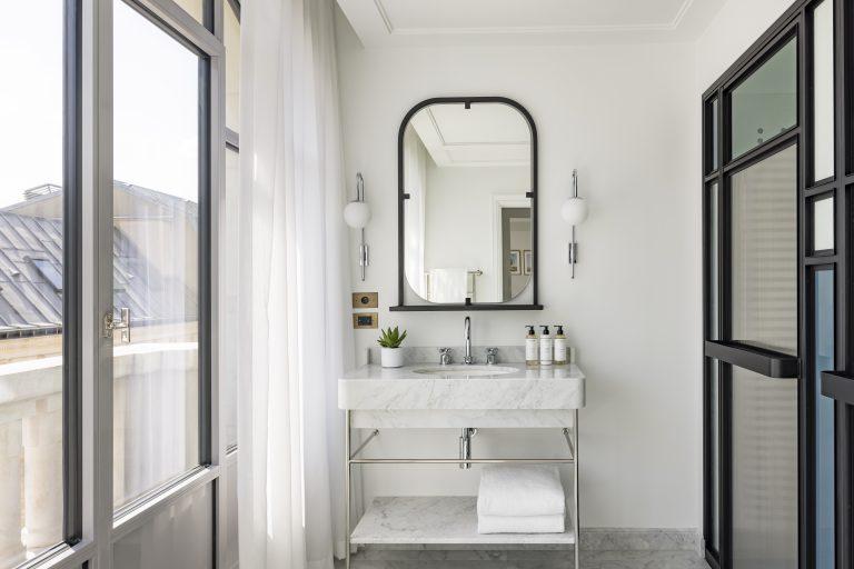 KimptonStHonore_Premium_Room_710_Bathroom ©Jerome_Galland