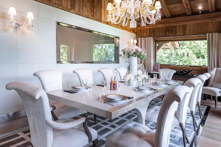 Ultima Megève Dining room Kitchen view - ©Igor Laski