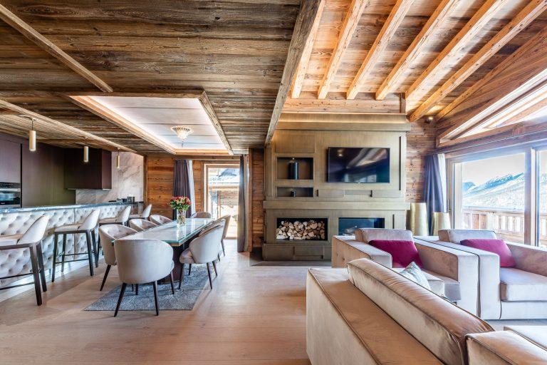 UltimaCourchevel_Kitchen&Livingroom